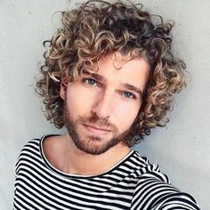 Medium Curly Hair Men - Best Medium Length Hairstyles For Men: Cool and Trendy Medium Men's Haircuts: How To Style Medium Length Hair #menshairstyles #menshair #menshaircuts #menshaircutideas #menshairstyletrends #mensfashion #mensstyle #fade #undercut #mensfashion #mensstyle #barber Perm Hair Men, 50 Hair, Curly Hair Cuts, Long Curly Hair, Mens Perm, Curly Girl, Hairstyles Over 50, Great Hairstyles, Permed Hairstyles