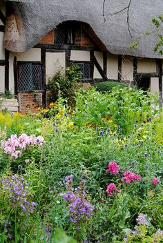 Anne Hathaway's Cottage - Stratford-Upon Avon, via Flickr. Anne was Shakespeare's wife, but it was not a happy arrangement.  Y'see, Will Shakespeare got pushed into an old-fashioned shotgun wedding by Annie's furious dad.  Need I say more?