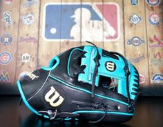 "Wilson A2000 Limited Edition 11.5"" Baseball Glove model 1786 - Black/Teal"