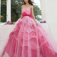 #weddingdress #ballgown#couturefashion  #instafashion #flowerdress #rose #ウエディングドレス#カラードレス #ドレス #プレ花嫁 #2017春婚 #2017夏婚 #marry花嫁  #marryxoxo #カクテルドレス #ピンク #きれい#薔薇#大人可愛い#kiyokohata  #キヨコハタ KH_0400