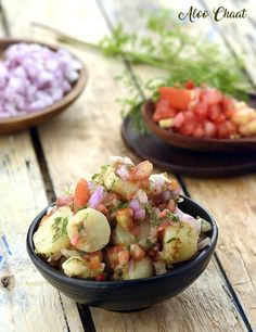 Aloo Chaat is a mouth-watering treat that everybody loves! Tasty baby potatoes are combined with onions and tomatoes, as well as peppy chaat masala and tangy lemon juice to make a really flavourful treat. Veggie Recipes, Snack Recipes, Dinner Recipes, Cooking Recipes, Breakfast Recipes, Indian Dessert Recipes, Indian Snacks, Ethnic Recipes, Indian Recipes