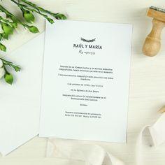 Invitación boda BILBAO Summer Of Love, Place Cards, Place Card Holders, Bilbao, Mexican Invitations, Beach Weddings, Silver Weddings, Simple Elegant Wedding, Mexican Weddings