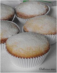 Cupcake de Fubá com goiabada - Delícias 1001 Pan Dulce, Sweet Recipes, Real Food Recipes, Yummy Food, Food Cakes, Cop Cake, Cupcakes Flores, Cheesecake, Brownies