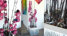 """""""Flowers"""" made by upcycling spray paint cans! By Canlove"""