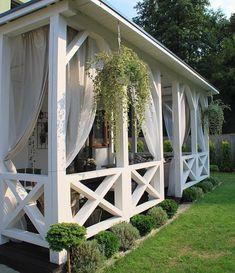 Pergola Patio Ideas DIY Wood Decks - - - Metal Pergola Ideas Covered - Wooden Pergola Ideas How To Build Pergola With Roof, Pergola Shade, Patio Roof, Pergola Patio, Corner Pergola, Backyard Patio, Outdoor Living, Outdoor Spaces, Outdoor Decor