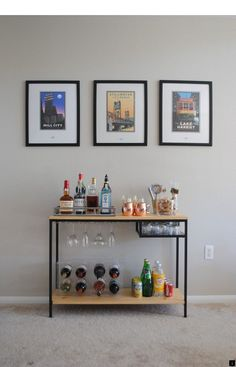 The popularity of cocktails is on the rise, and the home bar is making a comeback in the American home. But even if you're not lucky enough to have a wet bar, you can still set up a dedicated space for mixing drinks, no matter the size of your home. Diy Bar Cart, Bar Cart Styling, Gold Bar Cart, Bar Cart Decor, Ikea Bar Cart, Vittsjo Hack, Bandeja Bar, Vintage Bar Carts, Home Bar Decor