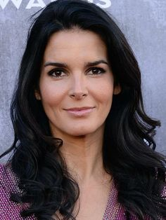 Angie Harmon at the 2014 ACM Awards: http://beautyeditor.ca/2014/04/07/acm-awards-2014/