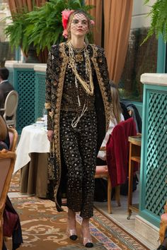 Chanel Pre-Fall 2017 Collection Photos - Vogue - Glitzy like Faberge Egg