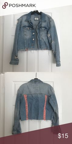 CROPPED DENIM JACKET WITH RINGS DETAIL Only worn a few times and still in great condition.   Size Med Forever 21 Jackets & Coats Jean Jackets