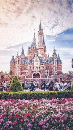 New wallpaper iphone disney castle disneyland Ideas Disney Pixar, Disney Art, Disney Magic, Disney World Castle, Walt Disney World, Disney Castles, Walt Disney Castle, Disneyland Castle, Wallpaper Tumblrs