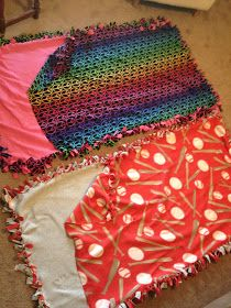 Quiet and Colorful: No Sew Fleece Sleeping Bags...for her camping out in our room nights.