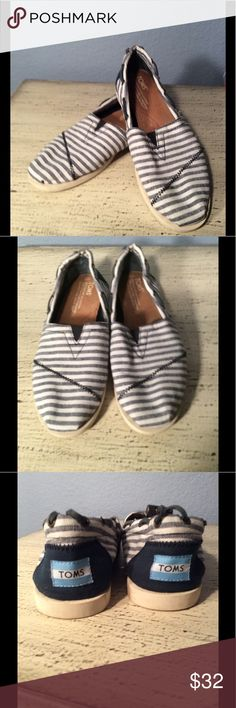 🌺CUTE, CANVAS & COMFORTABLE TOMS STRIPED SHOES 🌺 TOMS CUTE, CANVAS AND COMFORTABLE SHOES. THESE BLUE AND WHITE PIN STRIPED SHOES ARE SO ON TREND. TOMS GIVES ANOTHER PAIR OF SHOES TO A NEEDY CHILD WITH EVERY PURCHASE. YOU ARE GOING TO LOVE ❤️ WEARING THESE SHOES. TOMS Shoes Flats & Loafers