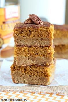 Pumpkin Pie Snickerdoodle Bars. Two of my favorites in one! Oh my!