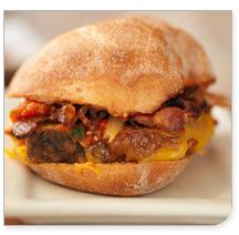 'Wichcraft' meatloaf with cheddar bacon & tomato relish on ciabatta roll Sandwich Shops, Soup And Sandwich, Empanadas, Burritos, Food Network Recipes, Real Food Recipes, I Love Food, Good Food, Meatloaf Sandwich