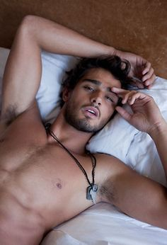 Steven strait. Dang if I could wake up to this id be happy!