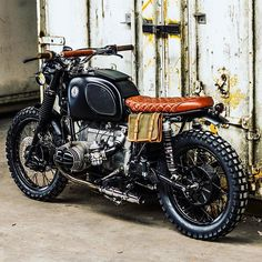 Sexy BMW R80 street tracker from the Netherland's Ironwood Custom Motorcycles / @arjanvandenboom. Thanks for sharing! #dropmoto #streettracker #builtnotbought #bmw #r80 #vintagemotorcycle