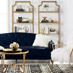 Vintage Blue Living Room Design Ideas You Must Have – Blue is one of the most popular favorite colors in the world. However, it often translates as masculine or like a baby boy's nursery when used in home decor. Blue can appeal to both genders and you Living Room Inspiration, My New Room, Cheap Home Decor, Navy Home Decor, Luxe Decor, Home Decor Accessories, Kitchen Accessories, Home Interior Design, Interior Colors