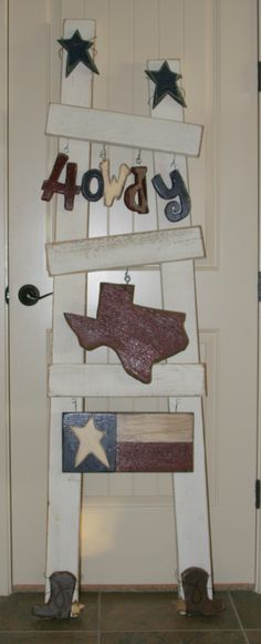 Those of you from Utah, and familiar with Quilted Bear probably recognize the white ladder . No, I did not make the ladder . However, I did make my own Texas set! (used my favorite barnwood for the Texas shape and part of the flag) Gold Home Decor, Gothic Home Decor, Home Wall Decor, Diy Home Decor, Home Decor Catalogs, Home Decor Store, Cheap Home Decor, Nordstrom Home, Pinterest Diy Crafts