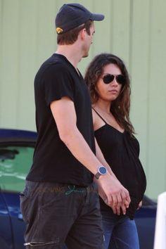 Ashton Kutcher & a very pregnant Mila Kunis out of breakfast in LA