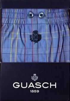 Boxer guash de Tela - Cuadros Azules - Boxer de tela algodón popelín, en tono azul marino, rayas finas en diferentes tonos, amarillo y rojo. #Hombre #modahombre #ropainterior #calzoncillos http://www.varelaintimo.com/marca/9/guash