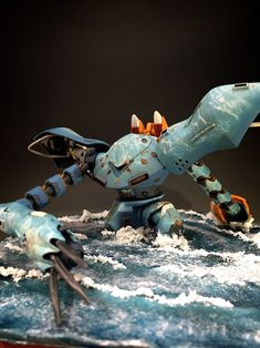 An interesting diorama using the sea Mobile Suit Hy-Gogg  has been appeared recently with title Camouflage Diorama by jinnmako . With th...