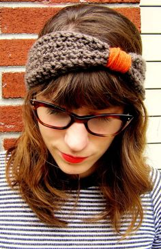 cute idea for a crocheted headband.