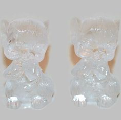 Vintage Clear Hard Plastic Mouse Salt and Pepper Shakers ~ Cute Little Mouse with a Bow ~ Made in Hong Kong ~ Unique Kitchen Decor by ArtsyVintageBoutique on Etsy https://www.etsy.com/listing/207461538/vintage-clear-hard-plastic-mouse-salt