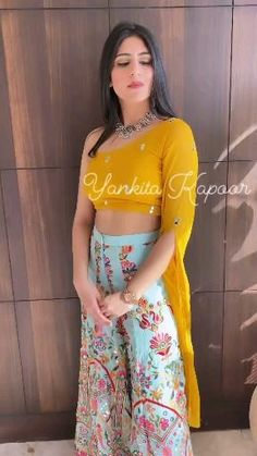 Dress Indian Style, Indian Wear, Indian Outfits, New Designer Dresses, Dress Neck Designs, Ethnic Dress, Bridal Make Up, My Beauty, Palazzo