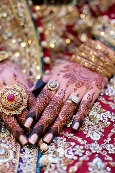 #bridal #henna #mehendi for the hands #gorgeous