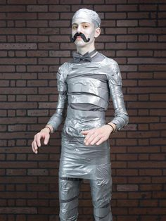 Cheap Halloween Costumes for Kids: The Hipster Mummy is the simple Budget or one of the cheap Halloween Costumes for kids. Put a millennial wind on a favorite costume using channel tape and excessive facial hair. Easy Homemade Halloween Costumes, Halloween Costumes Pictures, Diy Costumes, Halloween Diy, Costume Ideas, Samhain, Halloween Disfraces, Easy Budget, Hipster