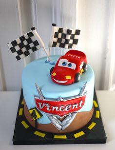 Flash McQueen Cars Cake