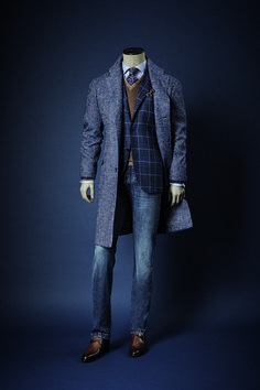 New Sprezzatura | iqfashion:   Kiton  Via: manolo.se