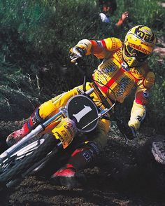 "Motocross legend Bob ""Hurricane"" Hannah comin' at ya in 1979 in some sweet JT gear, a badass Bell lid and Scott's innovative plastic boots @motocrossactionmag #BadMoFo #LoveThisLook #Iconic #Champ #Motocross #MaybeIShouldSkipThatWater SkiingTrip #WhoTheHellIsBobHannah"