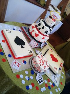 40th Birthday Casino Theme instead of 40 use 30!!!1 awesome idea for  his cake