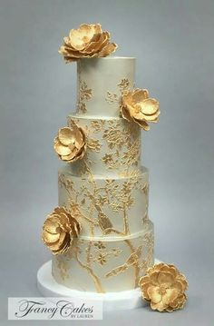 Another stunning wedding cake from Lauren's kitchen