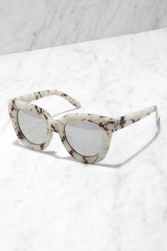 b9918859cfd Quay Sugar and Spice Ivory Marble Sunglasses at Lulus.com! Quay
