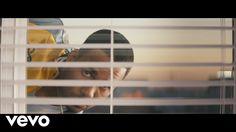 Romeo Santos - Héroe Favorito (Official Video) BACHATA GEEEEEEEEEEEEEK