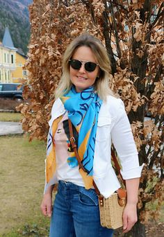 MODISCHE Jeans mit trendiger Jacke in weiß Outfits Tipps, Vest, Jeans, Tops, Jackets, Fashion, Scale Model, Down Jackets, Moda