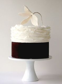 Delicate and exquisite wedding cakes created by Maggie Austin Cakes