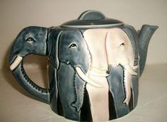 Teapot White Elephant Gray Tom Taylor African Otagiri Ceramic Pottery