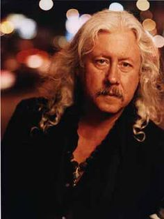 American Folk Legend Arlo Guthrie Comes to the Garde in New London, CT