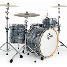 Gretsch Renown Maple, Silver Oyster Pearl, four piece. Acoustic Drum Set, Gretsch Drums, Shops, How To Play Drums, Beautiful Guitars, Drum Kits, Percussion, Oysters, Musical Instruments