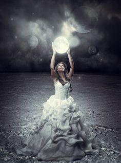 full moon and a girl Moon Photos, Moon Pics, Good Night Moon, Moon Magic, Beautiful Moon, Digital Art Girl, Moon Goddess, Arte Pop, Photo Manipulation