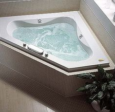 MAAX Velvet 5 Ft Center Drain Soaking Corner Tub With Combined Hydrosens And Bubble Tub In