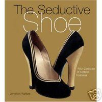 BUYING GUIDE for VINTAGE SHOES .