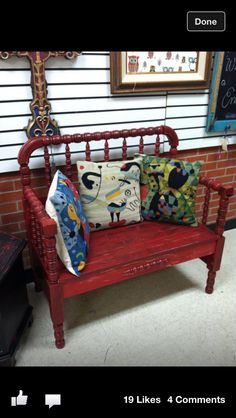 Bench made from that baby bed you just can't get rid of! Bench made from that baby bed you just Refurbished Furniture, Repurposed Furniture, Furniture Makeover, Painted Furniture, Crib Makeover, Crib Bench, Headboard Benches, Baby Bed Bench, Porch Bench