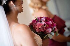 Beautiful wedding flowers. @augustjarpemophotography #augustjarpemo