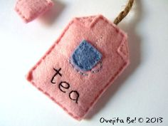 Cup of tea felt bookmark. via Etsy.