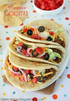 Homemade Gorditas. {taco bell copycats} What's a gordita.. A soft flatbread taco. They're thicker than flour tortillas and kind of, sort of, like a pita. Only better. You don't even need a rolling pin! You can easily press them out into circles by hand.