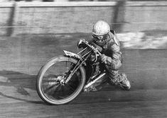 George Newton - New Cross Speedway Motorcycles, Speedway Racing, Racing Motorcycles, Vintage Motorcycles, Flat Track Racing, Dirt Racing, Drag Bike, Mechanical Art, Bike Photo